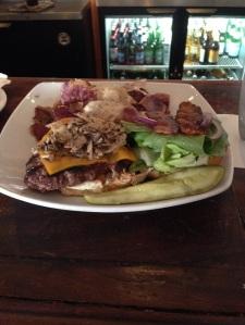 HI 04 - VNP Kuahiwi Ranch Burger
